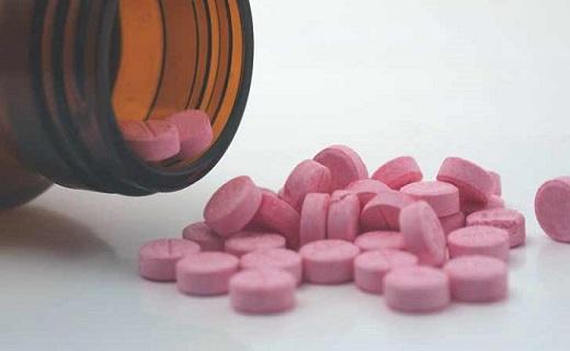 اگر دچار ریزش مو هستید، به شدت از خوردن این داروها پرهیز کنید