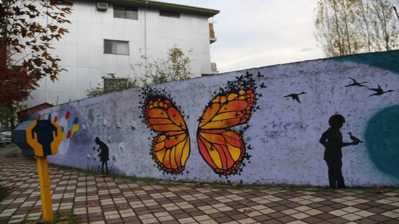 دیوارهای فرسوده دزفول تبدیل به دیوار نگاره میشود