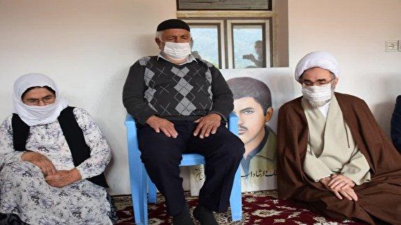 باشگاه خبرنگاران -دیدار آیت الله فلاحتی با خانواده شهید فرمان پور یعقوب