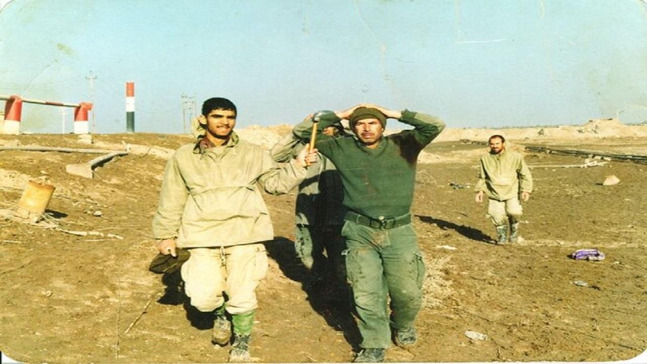 ماجرای اسیر کردن دو فرمانده عراقی با دست خالی