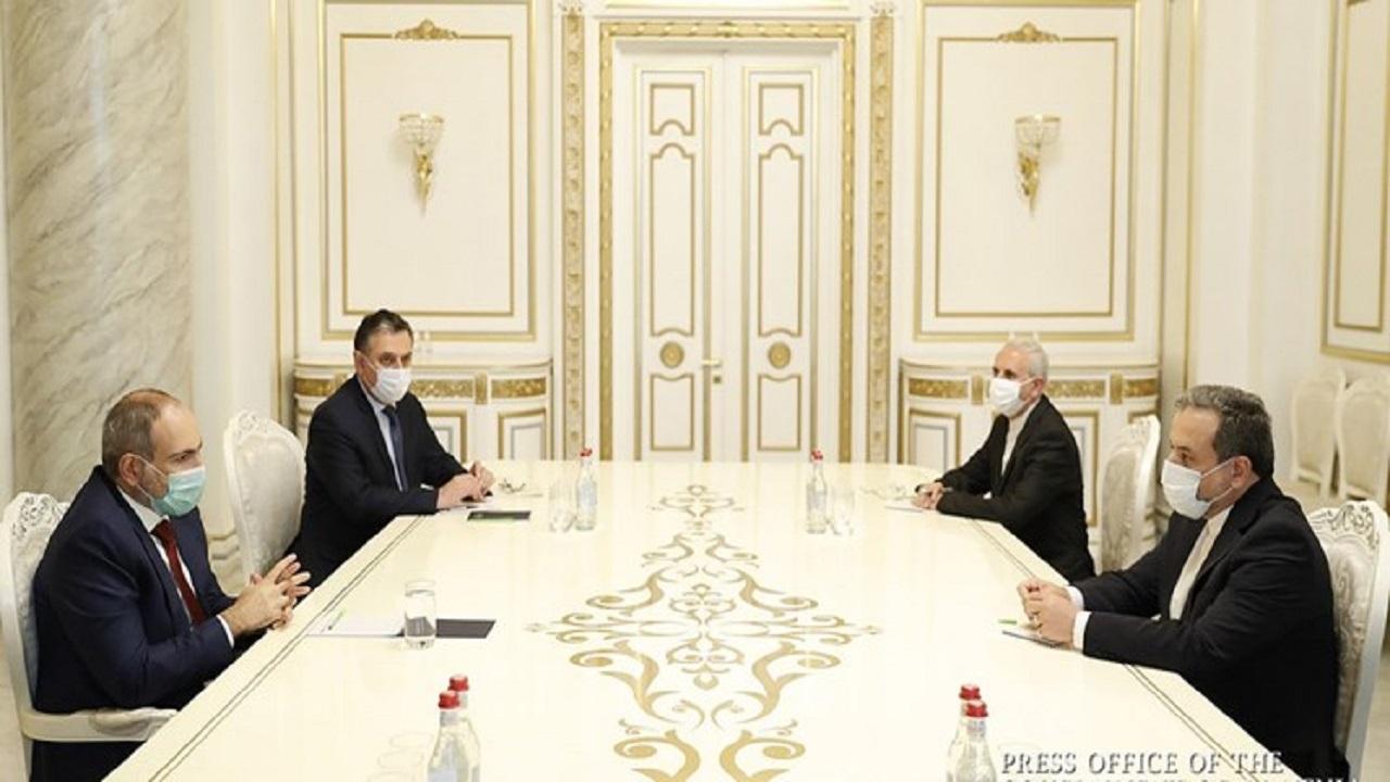 12844052 516 » مجله اینترنتی کوشا » عراقچی و نخست وزیر ارمنستان دیدار و گفتوگو کردند/ تقدیر پاشینیان از رویکرد متعادل و سازنده ایران در منطقه 1