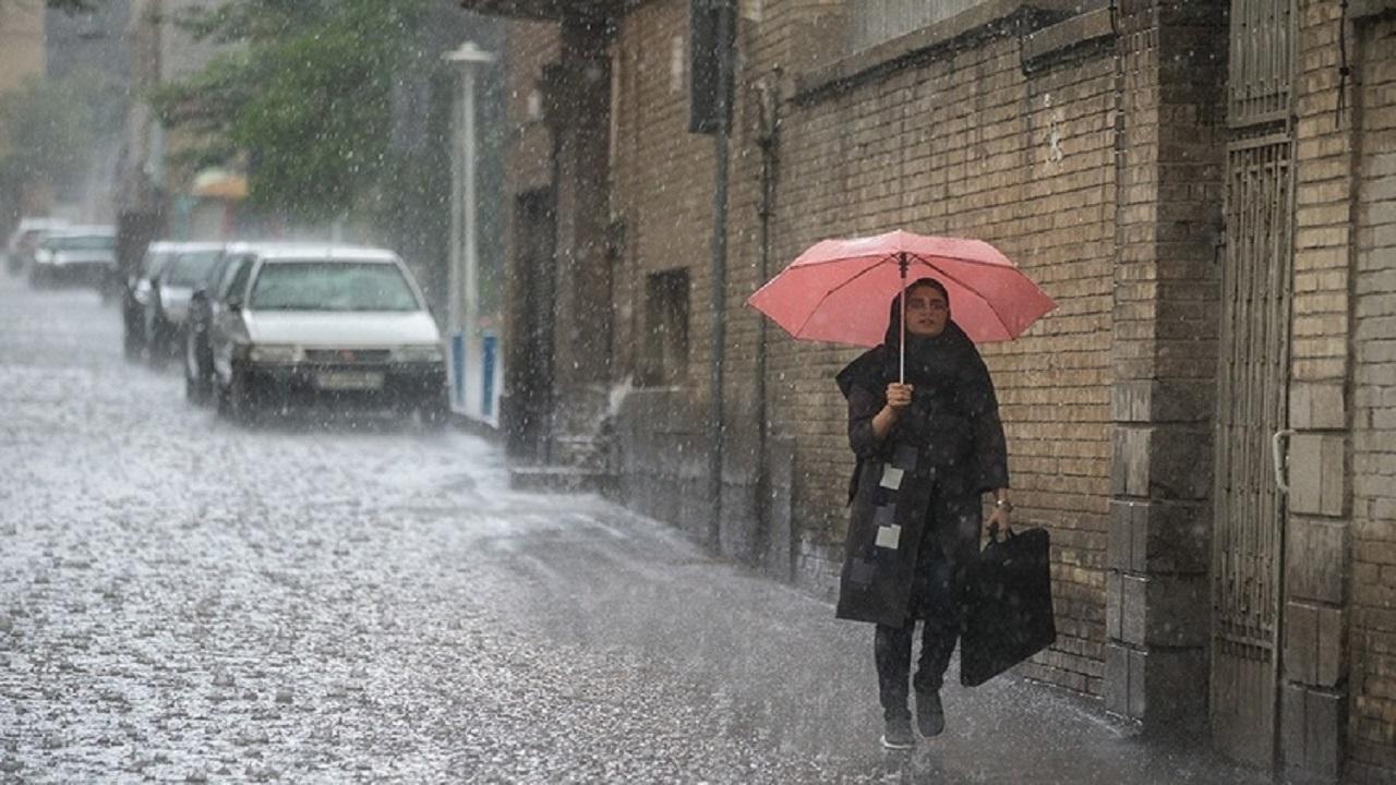 احتمال وقوع سیل در تهران/مردم در حاشيه رودخانه ها و مسيل ها اتراق نكنند