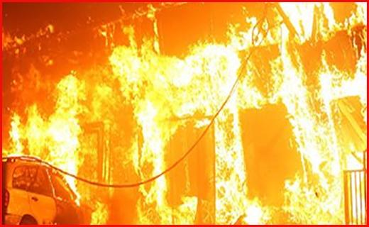 کارخانۀ ریسندگی در جاده قدیم ماهان آتش گرفت