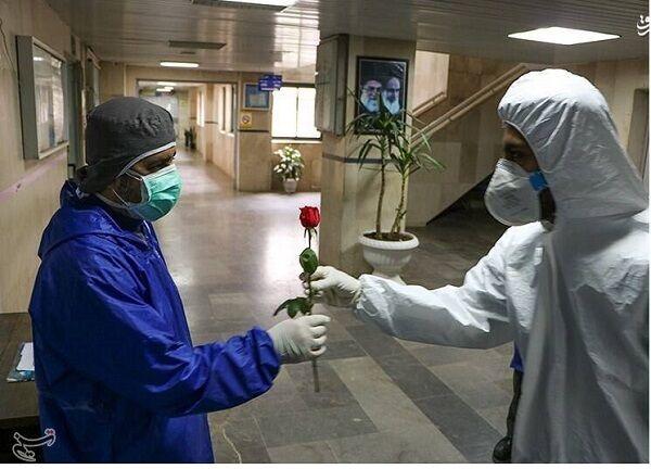 عیادت نماینده، ولی فقیه استان همدان از بیماران کرونایی و تقدیر از کادر درمان