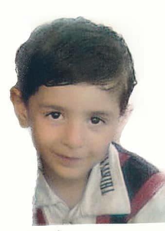 پسر ۴ ساله گمشده را شناسایی کنید + عکس