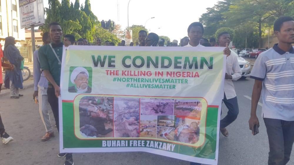 تظاهرات حامیان شیخ زکزاکی در نیجریه/حمله پلیس به معترضان+تصاویر