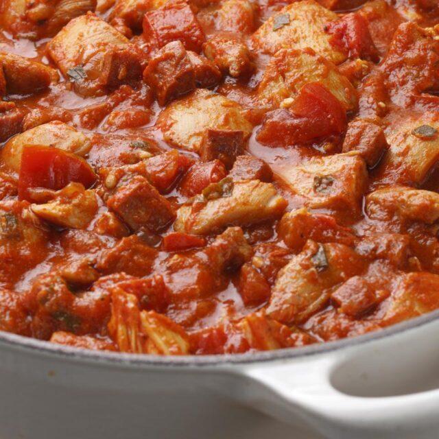 طرز تهیه خوراک راگو مرغ و سبزیجات و راگو گوشت و سیب زمینی