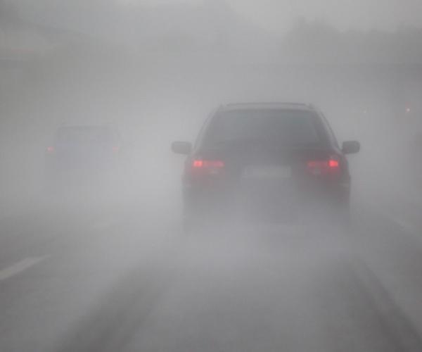 مه گرفتگی و لغزندگی جاده های استان همدان