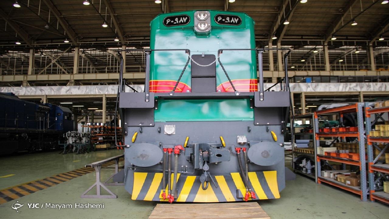 اولین قطار باری ایران به کشور افغانستان وارد شد