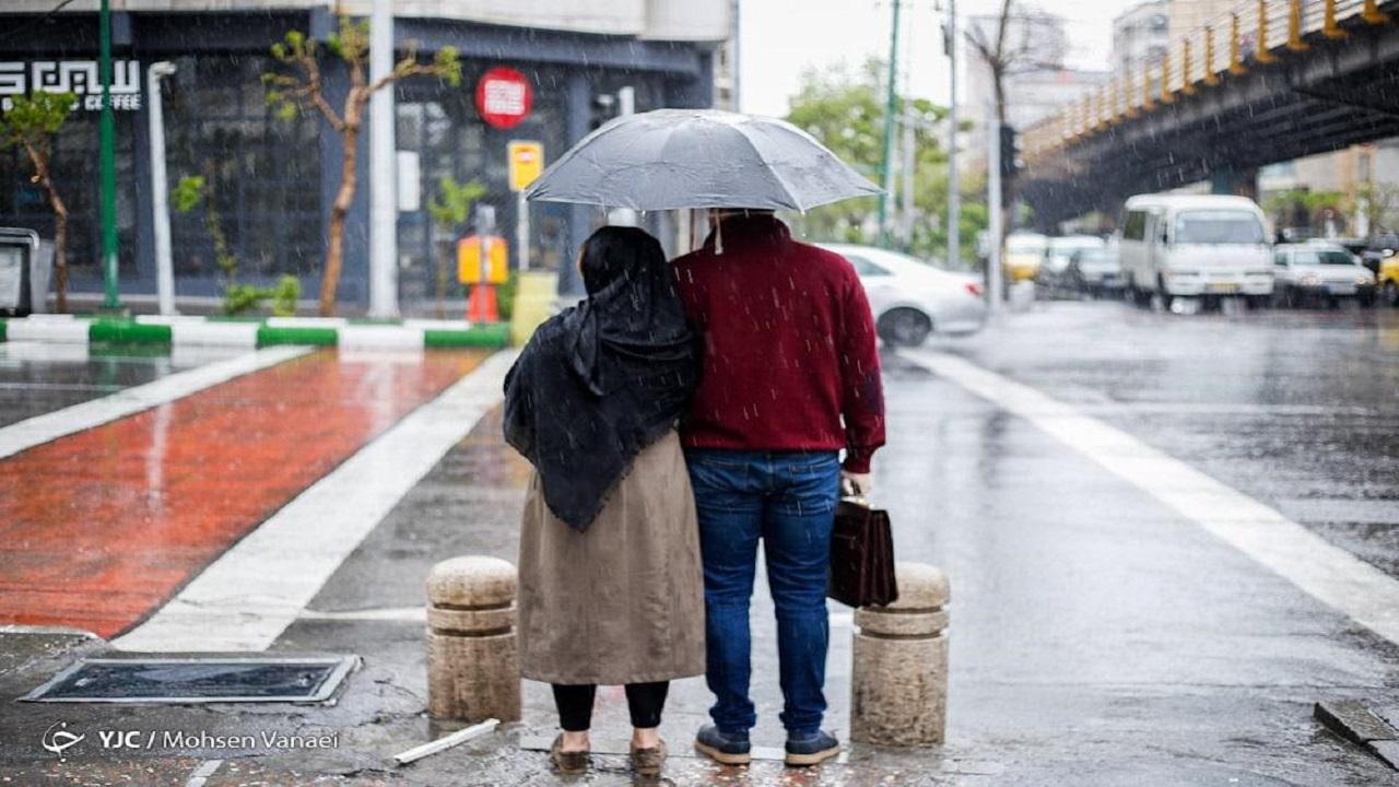 کاهش دما در بیشتر نقاط کشور / بارش باران در برخی استانها