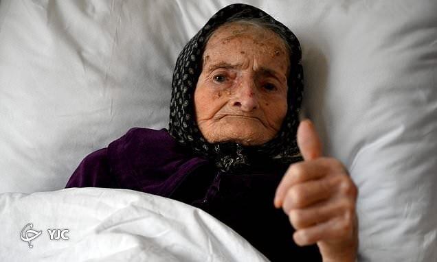اقدام جالب زن ۹۹ ساله پس از شکست کرونا