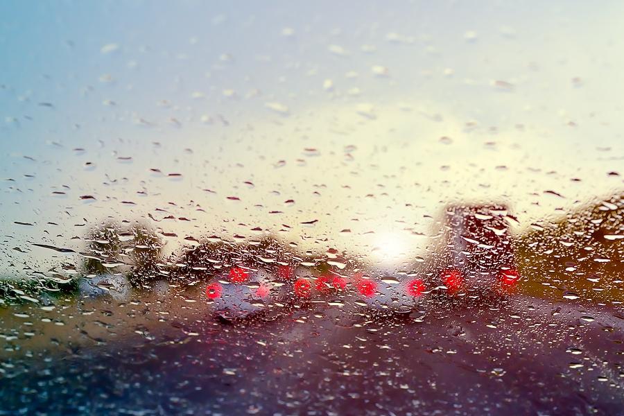 راه جلوگیری از بخار کردن شیشه خودرو