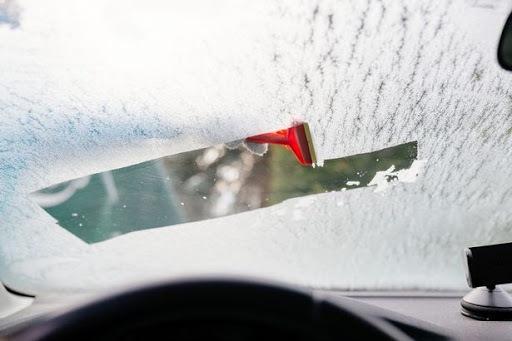 شیوه جلوگیری از بخار کردن شیشه خودرو