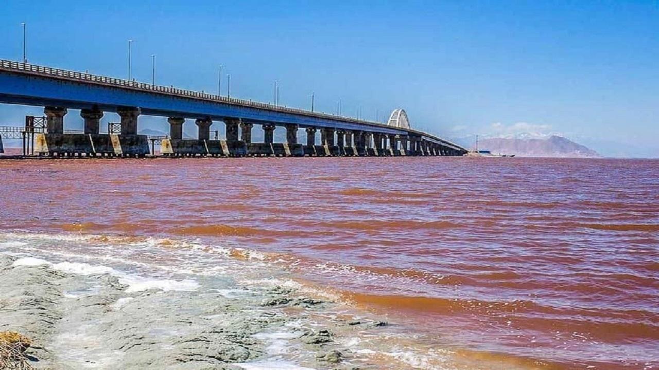 سطح تراز دریاچه ارومیه کاهش یافت