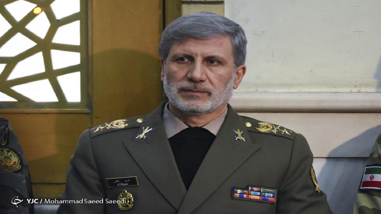 پیام تسلیت وزیر دفاع در پی شهادت سردار عبدالرسول استوار محمودآبادی