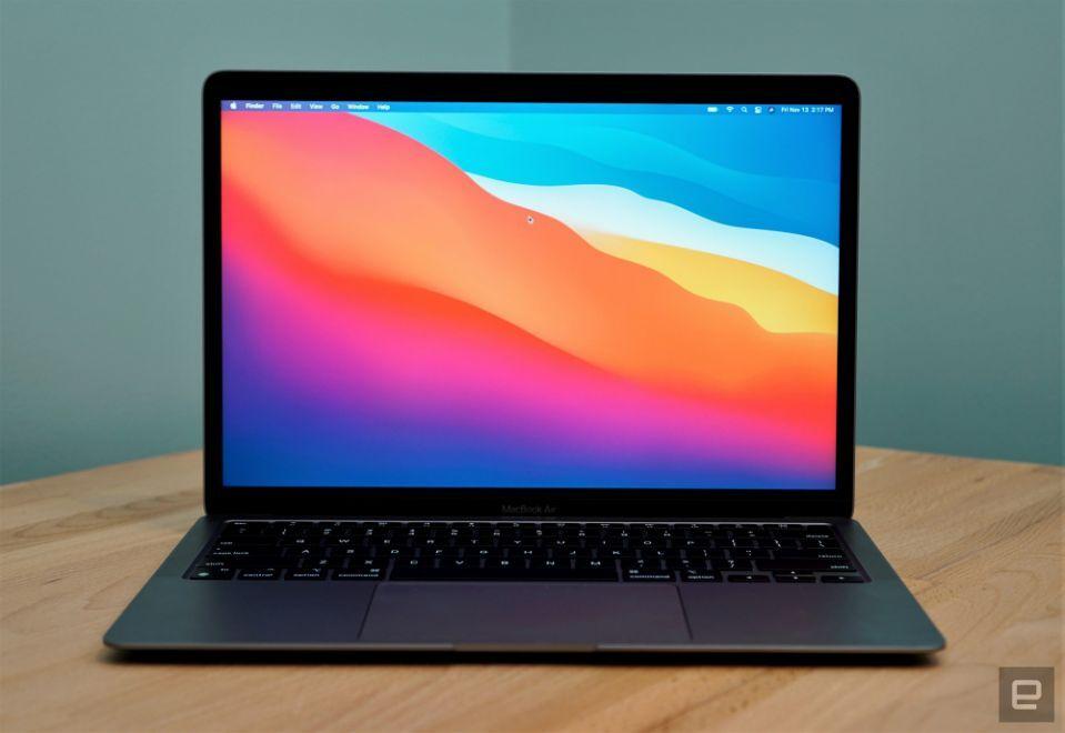 نقطه عطف لپ تاپهای جدید شرکت اپل