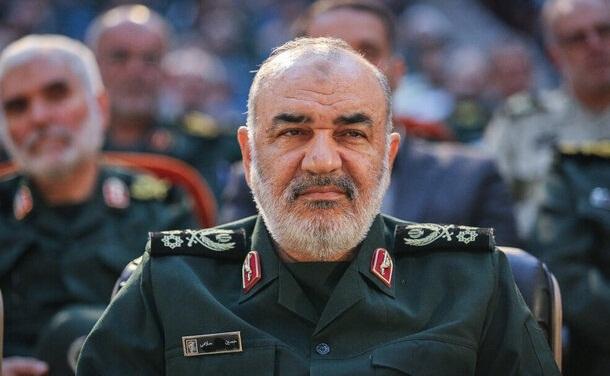 قدرت انقلاب اسلامی آمریکا را از قرارگاه راهبردیاش دور کرده است