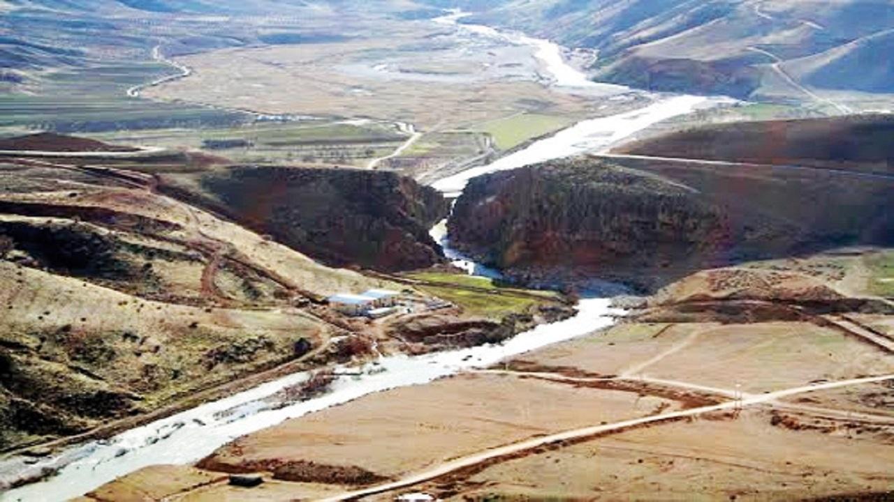 انتقال آب زاینده رود به استان های مرکزی چه قیمتی؟