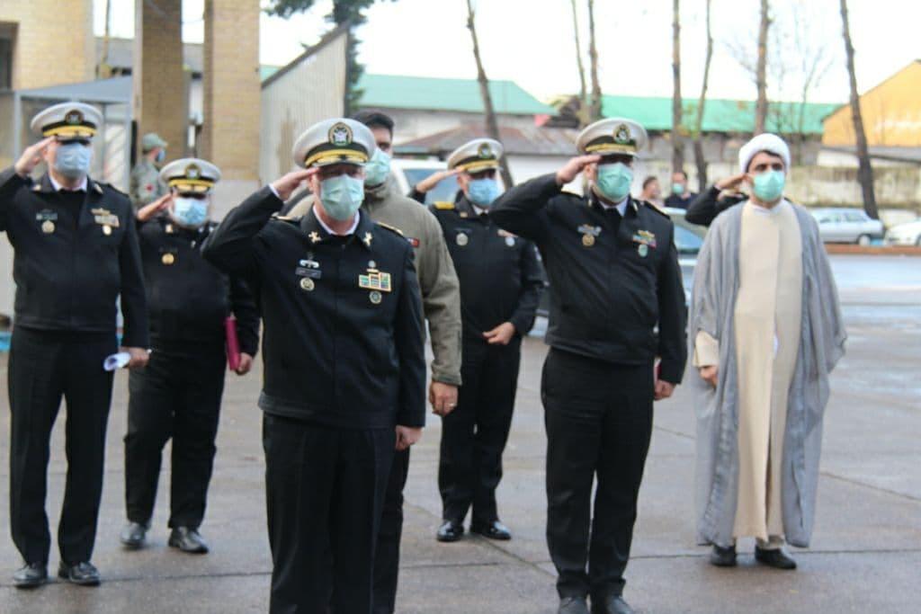 دریادار خانزادی از ناوگان شمال نیروی دریایی ارتش بازدید کرد