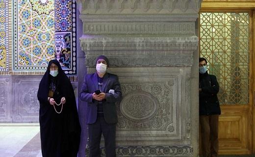 حال و هوای حرم بانوی کرامت در شب میلاد امام عسکری (ع)+تصاویر