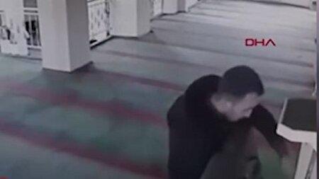 دزدی از مسجد در مقابل دوربین مداربسته + فیلم