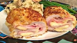 آموزش آشپزی؛ از برگر تست سوخاری و رول مرغ سرخ شده تا طرز تهیه یک غذای جدید و خوشمزه با سیب زمینی و تخم مرغ + تصاویر