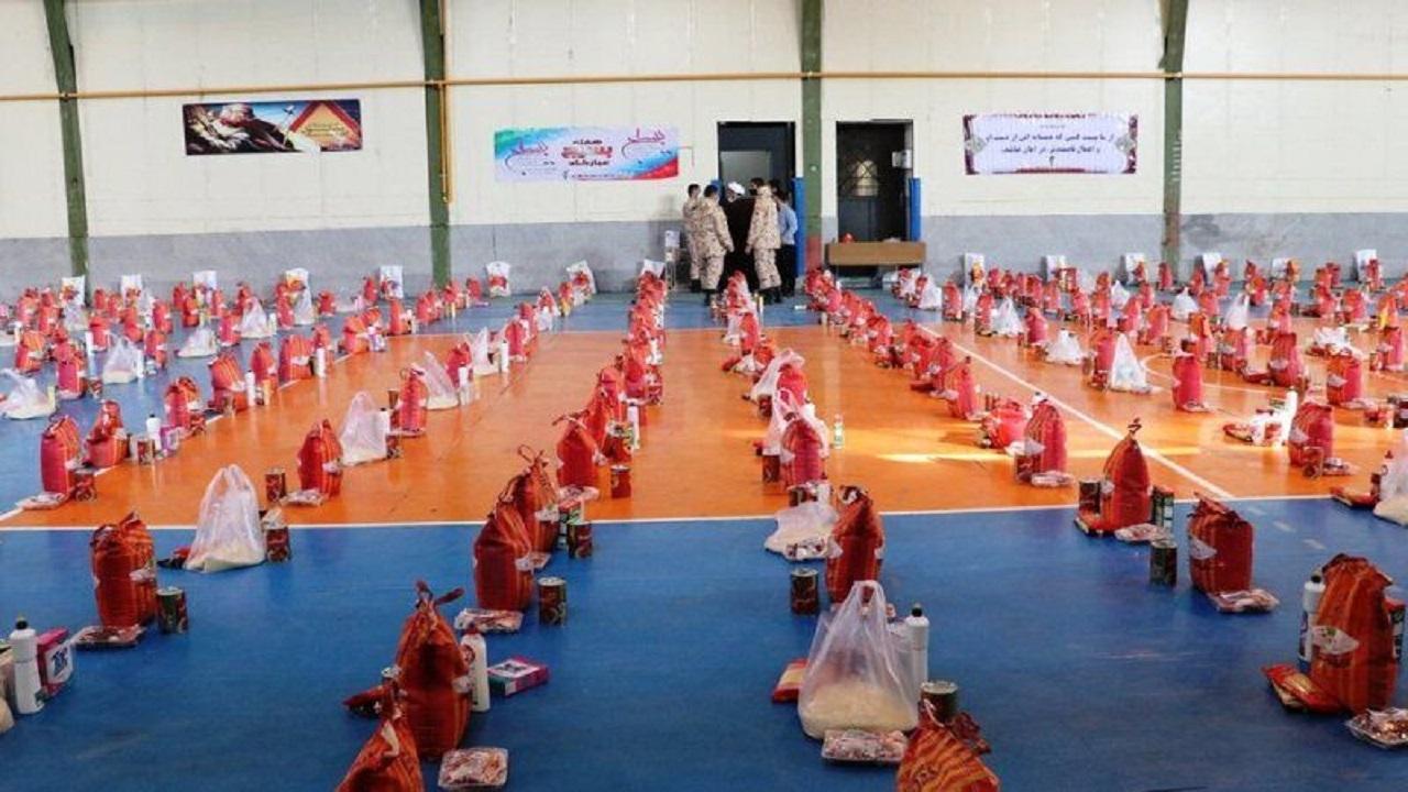 سپاه مالک اشتر مشهد ۲۶ هزار بسته کمک معیشتی توزیع کرد