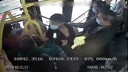 اقدام به موقع راننده اتوبوس مانع از فرار سارق شد