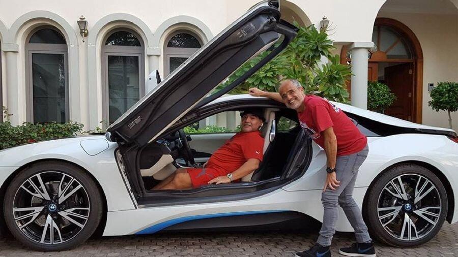 خودروهای عجیب دیگو مارادونا + تصاویر