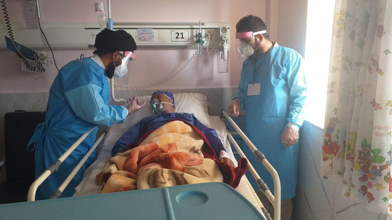 خدمت رسانی روحانیون تربت جام به بیماران کرونایی