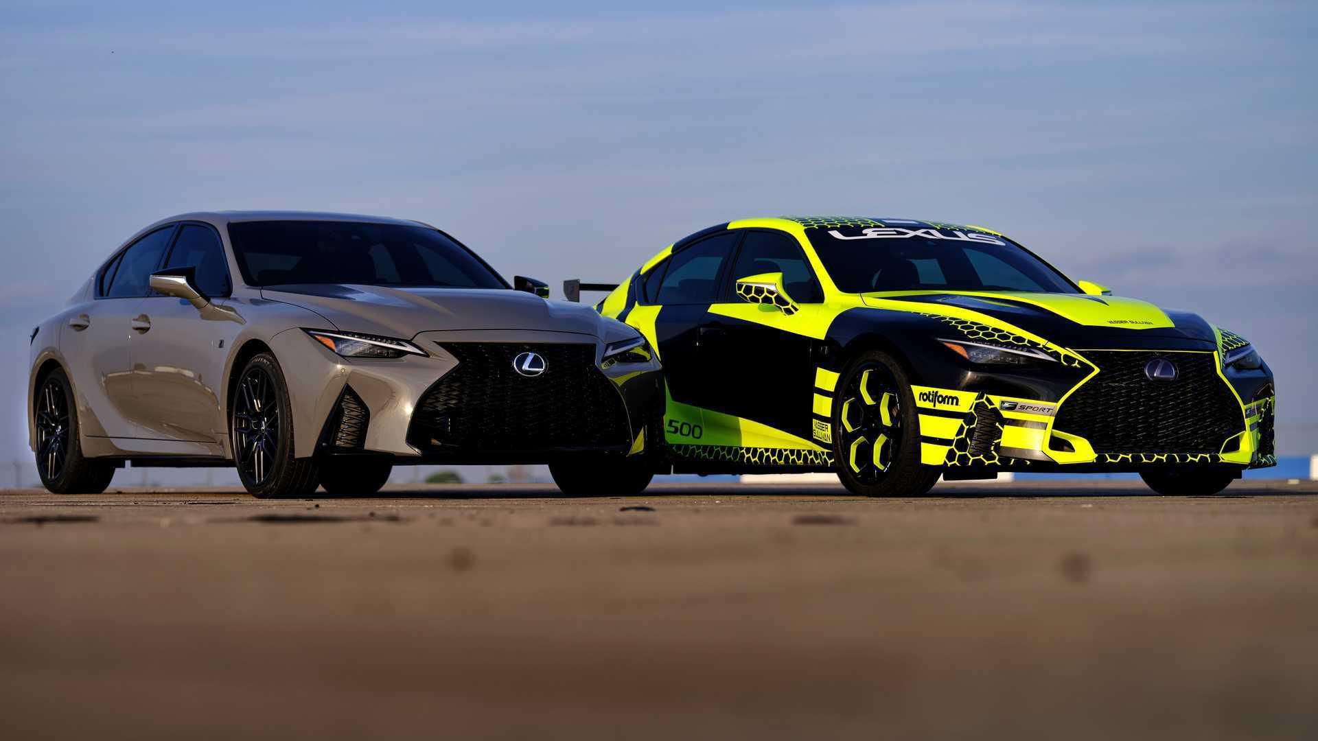اولین نسخه لکسوس IS 500 F Sport  با رنگی جدید تولید می شود
