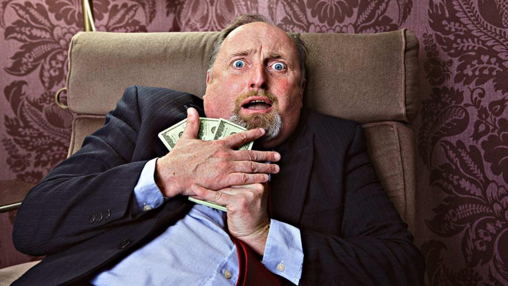 ۱۰ راز موفقیت میلیونرها که سیل پول را به سوی آنها جاری میکند