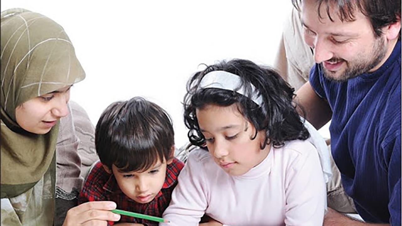 چگونه فرزندانی فهیمده تربیت کنیم؟