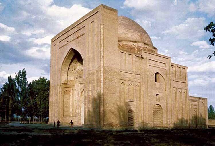 درباره زندان هارون در حوالی مشهد چه می دانید؟