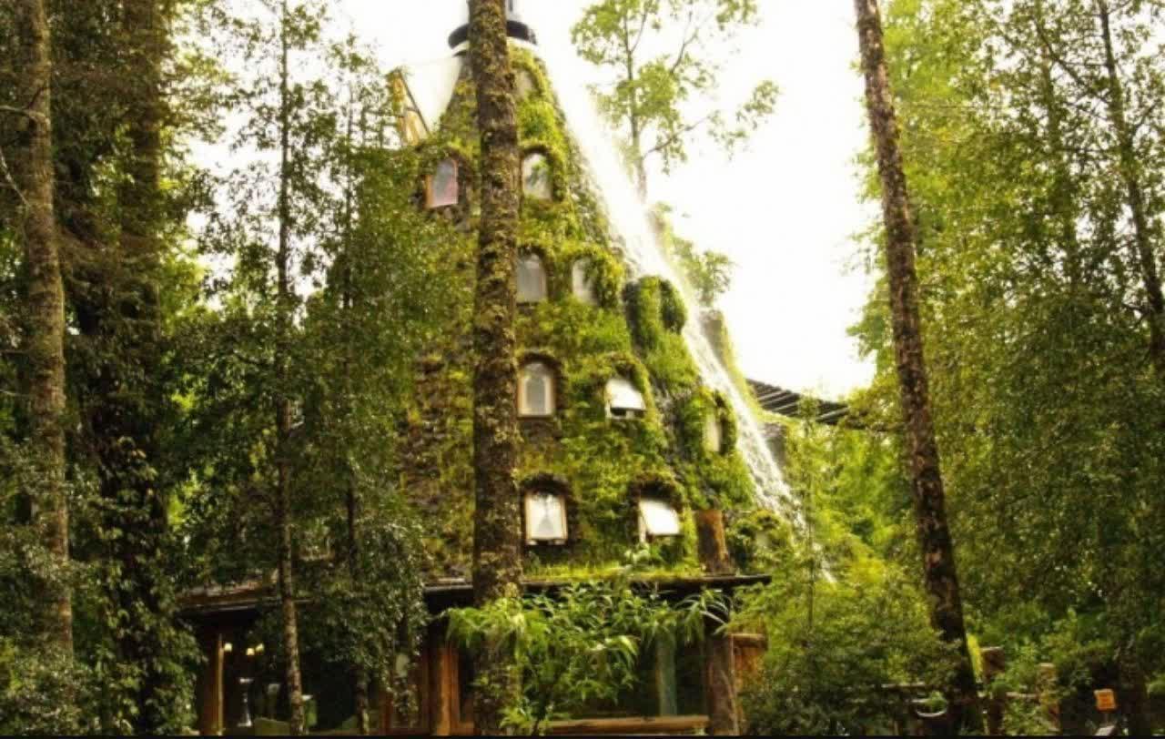 هتل کوه مصنوعی