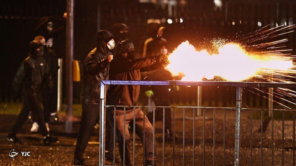 ايرلند،شب،پليس،شمالي،گزارش،متوالي،چهارشنبه،خشونت،شاهد