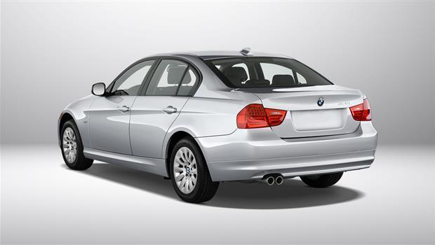مقایسه مرسدس بنز S500 با ب ام و 320i سدان + مشخصات فنی
