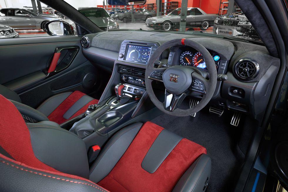 نیسان GT-R NISMO نسخه ویژه این خودرو را رونمایی کرد