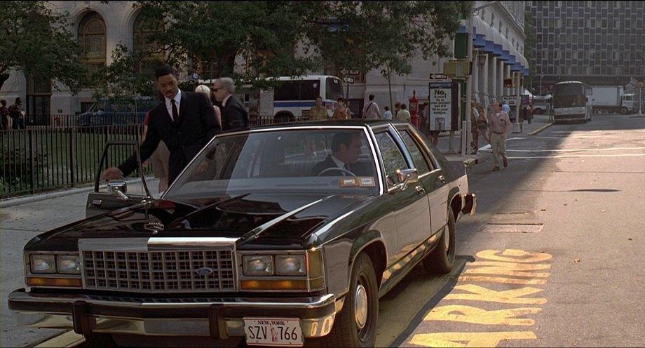 عجیبترین اتومبیلهای پلیس در فیلمهای سینمایی