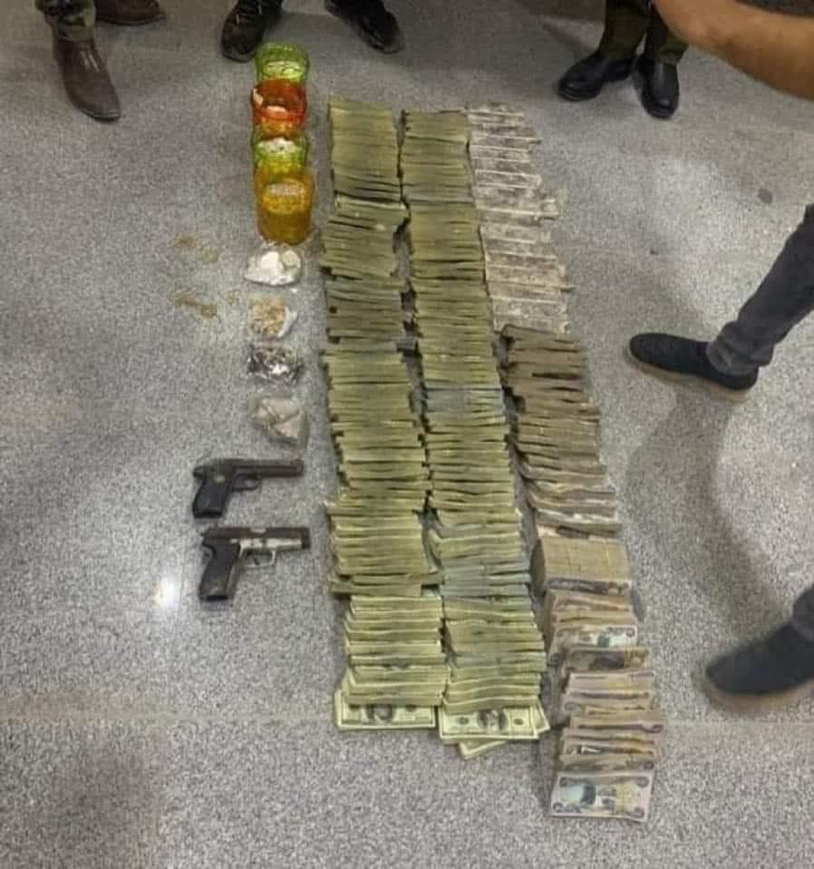 کشف ۱.۵ میلیون دلار پول و طلا در مخفیگاه داعش در موصل