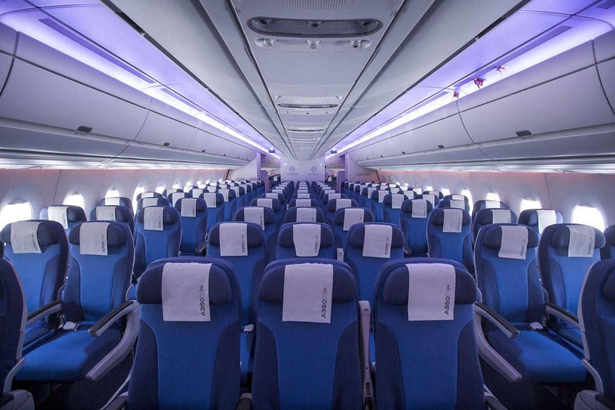 مناطق بسیار کثیف هواپیما که احتمالا از وجود آنها بی خبر هستید
