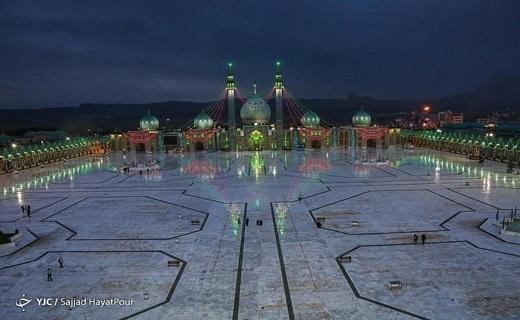حضور قلبی میلیون ها منتظر در مسجد مقدس جمکران