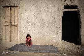 کودکان در روستاهای اطراف شهرستان هامون از امکانات بهداشتی و رفاهی مناسبی برخوردار نیستند و در معرض بیماری های بسیاری قرار دارند.