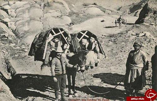 کارتپستالی که کجاوهای در دوران قاجار را نشان میدهد