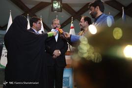 پشت صحنه ضبط برنامه اسحاق جهانگیری نامزد انتخابات ریاست جمهوری