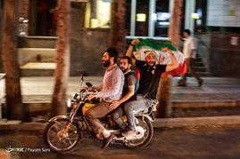 شادی مردم برای راهیابی تیم ملی فوتبال به جام جهانی
