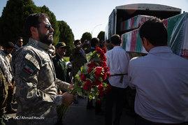 استقبال از پیکر ۱۹ شهید گمنام دفاع مقدس در مشهد