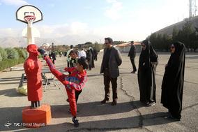 همایش پیاده روی خانواده کارکنان ناجا در مجموعه ورزشی آزادی
