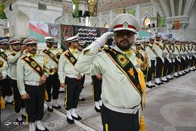 تجدید میثاق فرماندهان نیروی انتظامی با حضرت امام خمینی(ره)