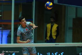 دیدار تیمهای والیبال پیکان و شمس